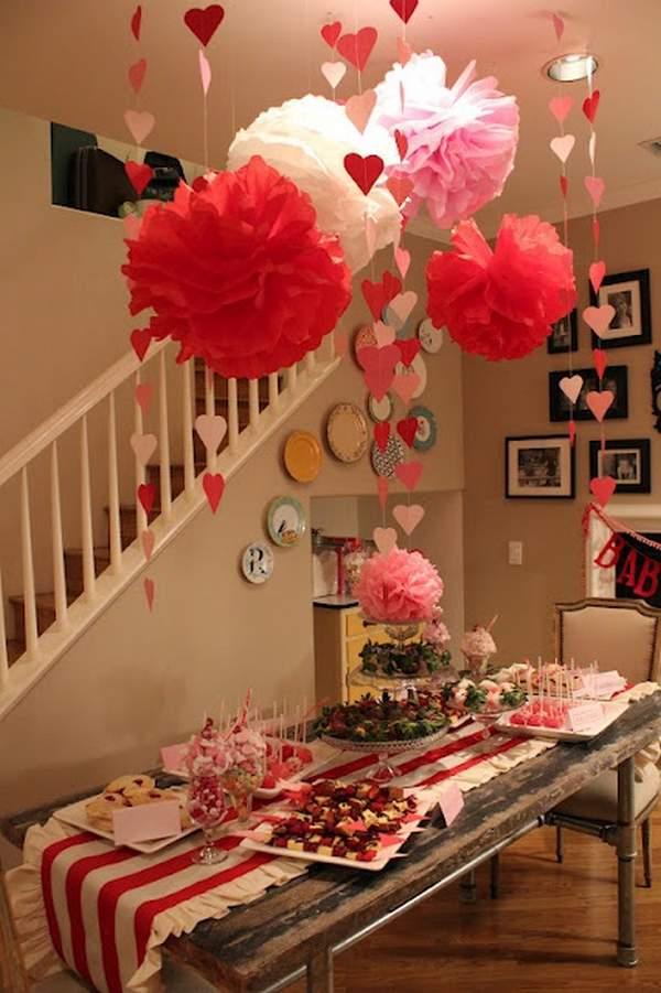 Romantic DIY Valentine's Day Table Decorations 7