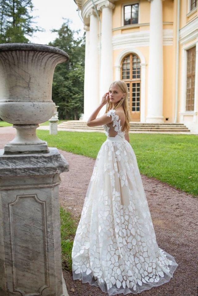 Wedding Dresses by Nurit Hen 5