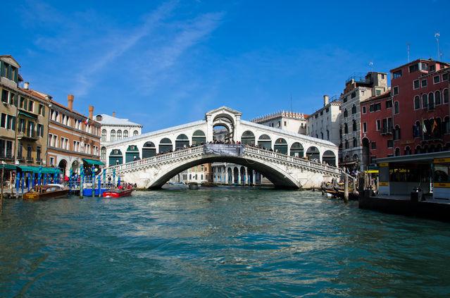 things to do in venice italy -rialto bridge venice italy