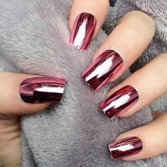 metallic nail designs to try now 1
