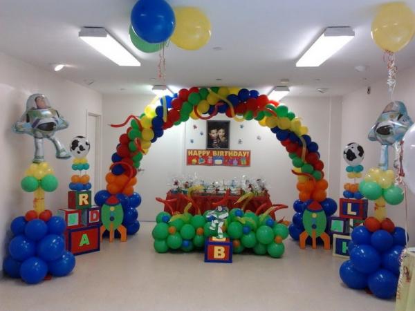 Birthday-Balloons-Decoration